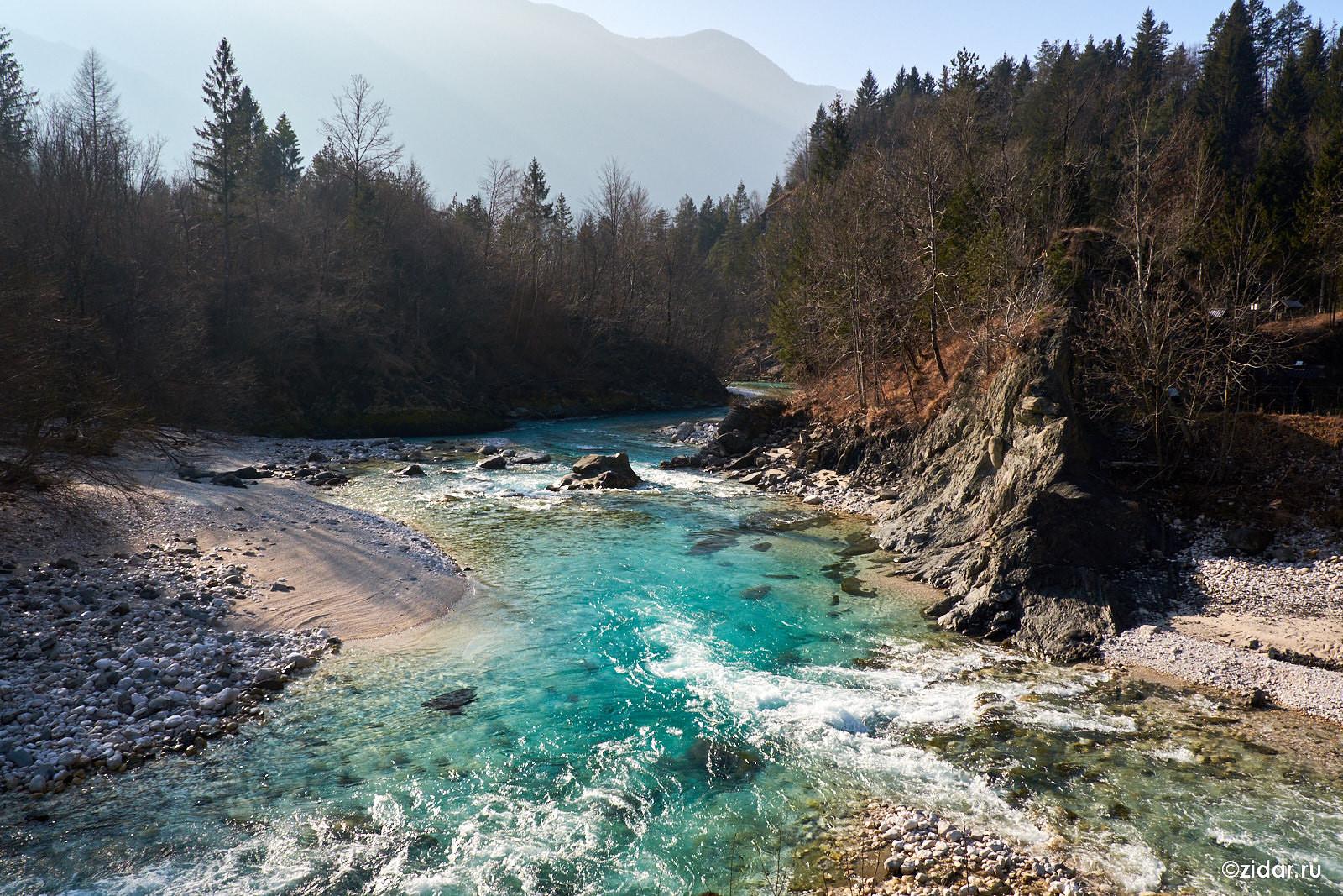 Слияние Сочи и её притока