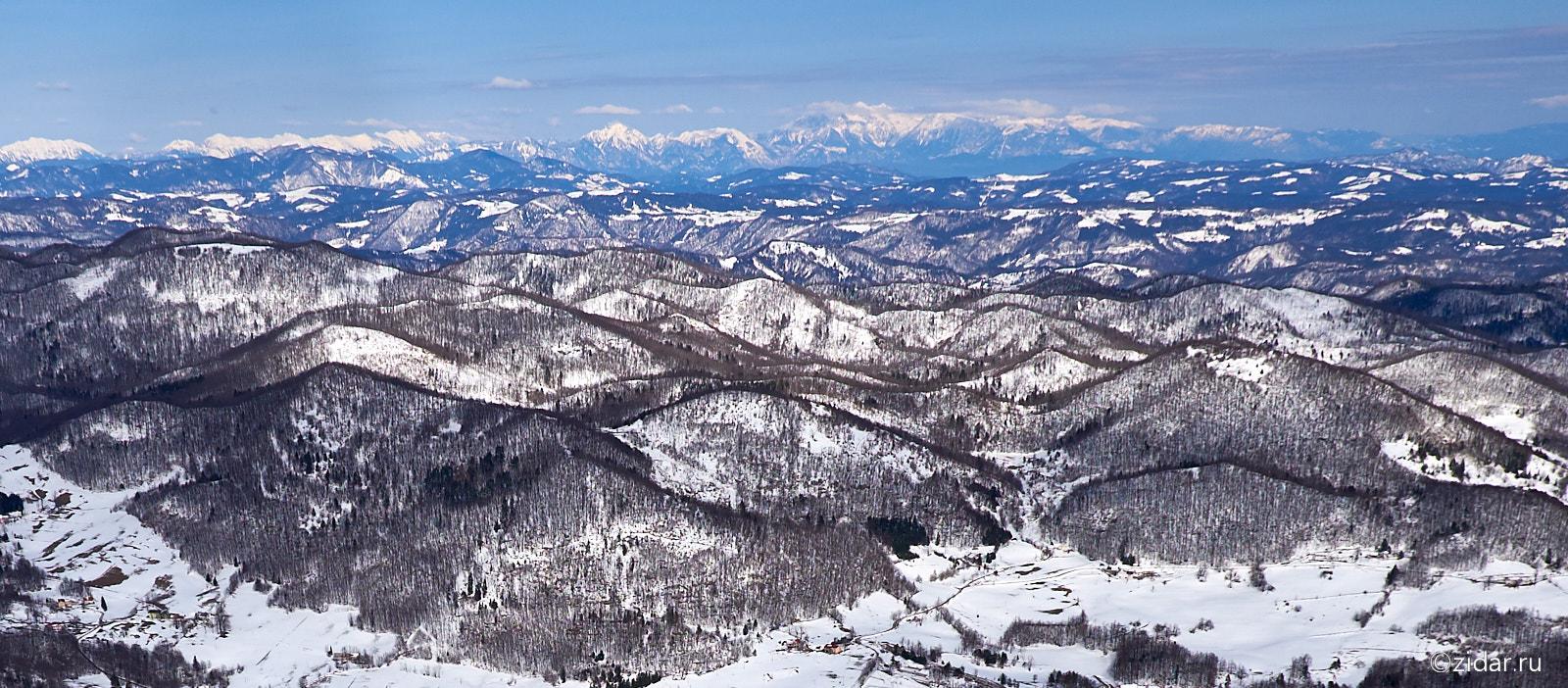 До гор на горизонте больше 50 километров!