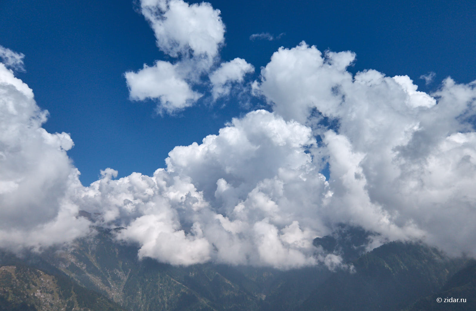 Облака над домашним хребтом
